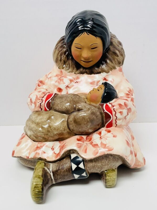 "C. Alan Johnson ""Kuwana"" Inuit Eskimo Mother & Child Figurine RARE"