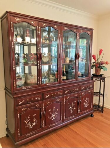 Rosewood Oriental China Cabinet: Excellent Condition