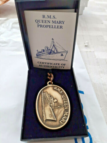RMS Queen Mary Propeller Metal Key Chain Cunard Line