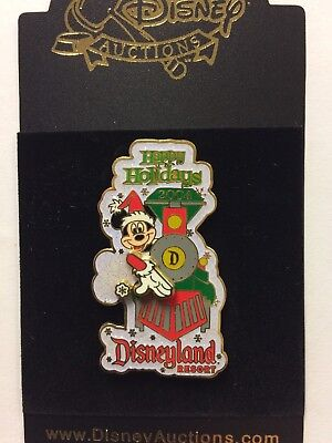 Disney Auctions DA Disneyland Railroad Train Mickey Happy Holidays 2004 LE Pin