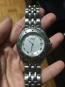 MEN'S ESQ WRIST WATCH