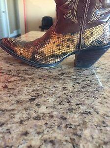 Ladies Durango Cowboy Boots  Size 7M London Ontario image 3