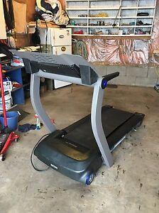 Reebok treadmill  Edmonton Edmonton Area image 5