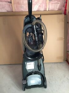 Carpet cleaner  bissell pro heat Belleville Belleville Area image 3