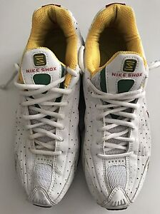 Nike shox running shoe collectors edition 2005 R4 London Ontario image 3