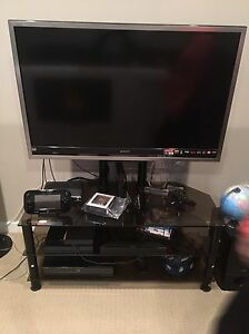 Sony Bravia 1080P 46 Inch with Tv stand !