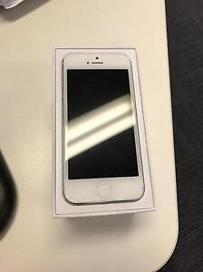 Iphone 5 white 64gb  A1429 Kotara Newcastle Area Preview