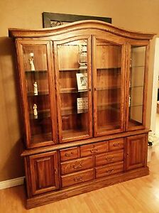 Solid Oak 2PC China Cabinet in Excellent Condition