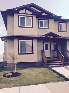 WINTER EASY MOVE! Furnished Full House Rental in Fort Sask!