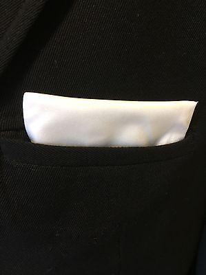 Das Fertige Einstecktuch , in Weiß,  100% Baumwolle