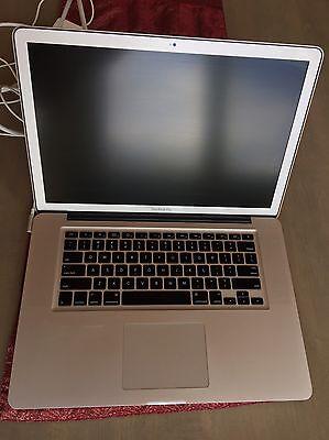 Macbook Pro A1286 Core i7 2.66 GHz 15.4