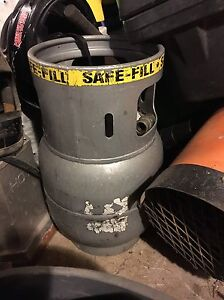 Propane tank for sale from buffer machine