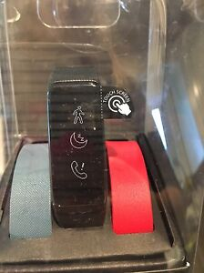 Fusion Striiv smart watch and activity tracker West Island Greater Montréal image 3
