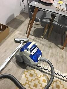 Electrolux Bagless Vacuum Cleaner Tarragindi Brisbane South West Preview