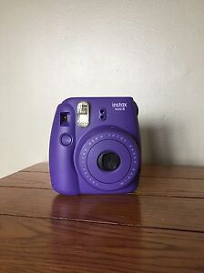 Fujifilm Instax Mini 8 + Film and Case