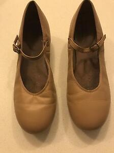 Tan tap shoes, girl, size US 5.5, 23.9cm, pick up Epping Epping Ryde Area Preview