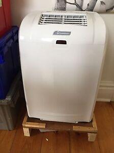 7000 Btu/h Garrison Standing Air Conditioner