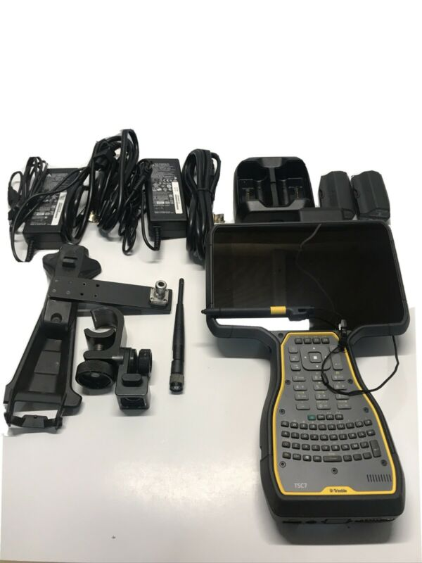 Trimble TSC7 W/ Accessories And Hard Case. Free Shipping.