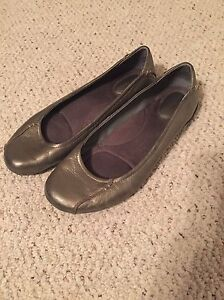 Hush puppies size 8