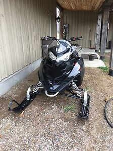 09 Polaris iq shift 550