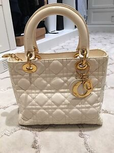 Lady Dior canage patent leather off white
