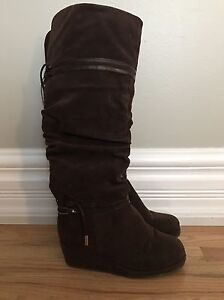 Worn Once Girls size 1 wedged Boots