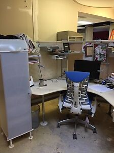 OFFICE FURNITURE CLEAROUT London Ontario image 7