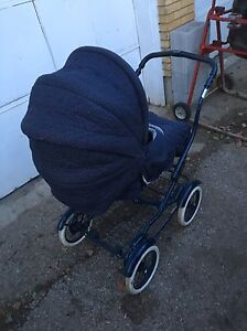 Baby buggy as new Graco  model # c74526 $95 London Ontario image 1