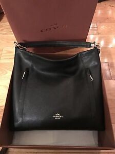 Brand New Coach Large Scout Hobo in Pebble Leather