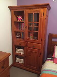WTB display cabinet/bookshelf Kadina Copper Coast Preview