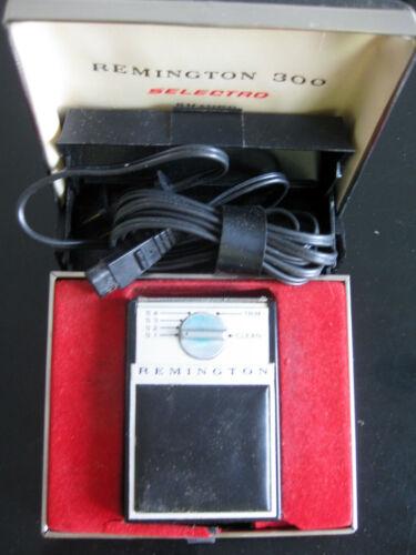 Vintage Remington 300 Selectro Electric Razor in Original Case