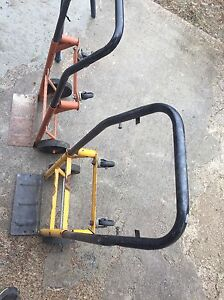 Few items for sale.Master craft arm saw ext table,  London Ontario image 4