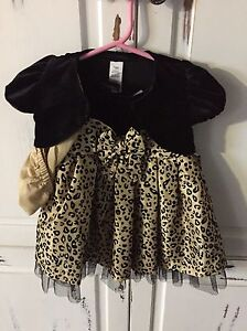 2 size 12 month dresses Cornwall Ontario image 1