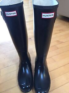 Brand new Hunter rubber boots