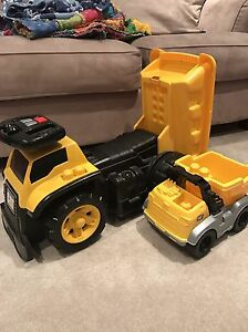 Mega Bloks Cat 3-in-1 Ride On Dump Truck Edmonton Edmonton Area image 2