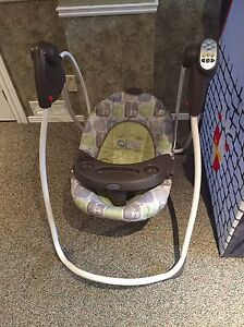 Graco baby swing - only used a few times