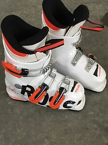 Kids rossignol boots. Used one year by a 4 yr old