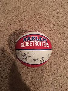 Harlem Globetrotters signed basketball