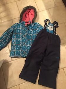 Oshkosh snow suit size 6x