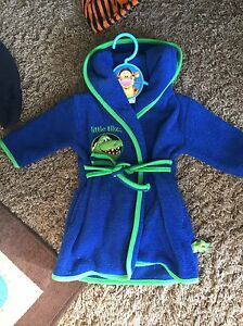 Cute 3-6 month baby housecoat $5