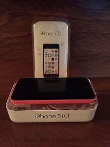 I Phone 5 8 G. 140.00$