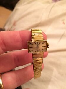 Antique watches~ look at pics attached 3 different stykes West Island Greater Montréal image 2