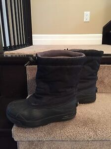 Sorel boots size 2 Kitchener / Waterloo Kitchener Area image 2
