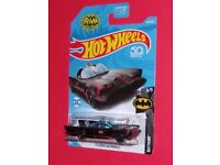 2017 Hot Wheels Batman  Batmobile  #134  FCC14-D9B3G  G case     upc label