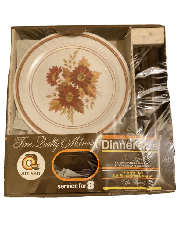 New Old Stock Vintage 1970s Artisan Melamine Dinnerware Set for 8, 32 Pieces