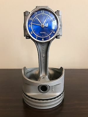 Ford Mustang 302 piston and rod clock
