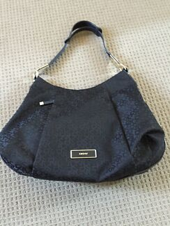 2 DKNY BAGS. IN EXCELLENT CONDITION Westmead Parramatta Area Preview