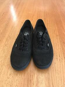Authentic low pro vans Holden Hill Tea Tree Gully Area Preview