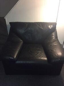 Genuine LEATHER 100% couch