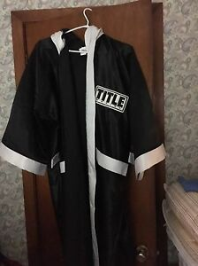 For sale Title boxing robe